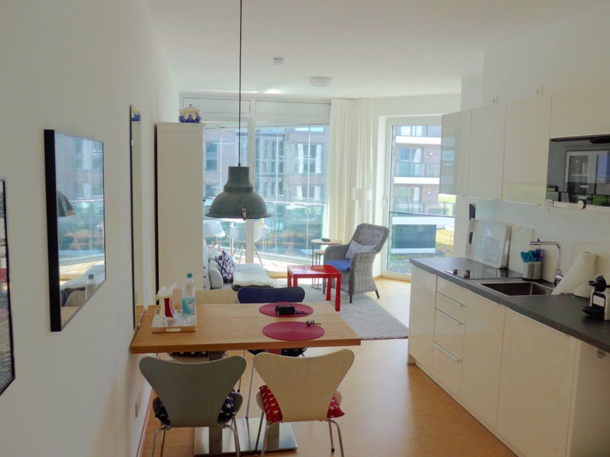 ferienwohnung jantjedine de buhr bremerhaven firma polzin immoservice gmbh co kg zarah. Black Bedroom Furniture Sets. Home Design Ideas