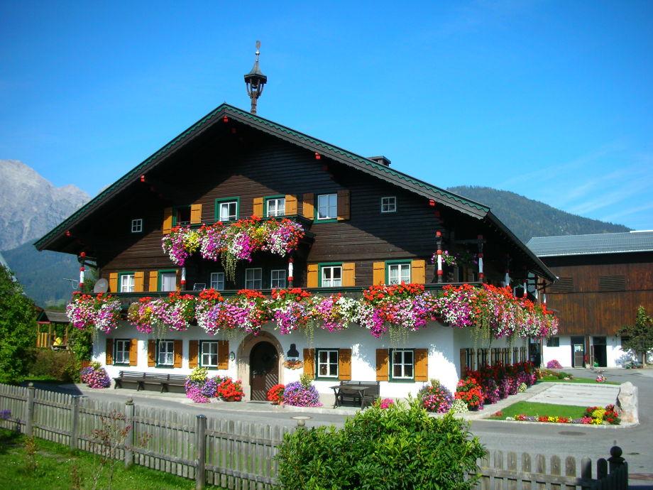 Der Thomanhof im Sommer