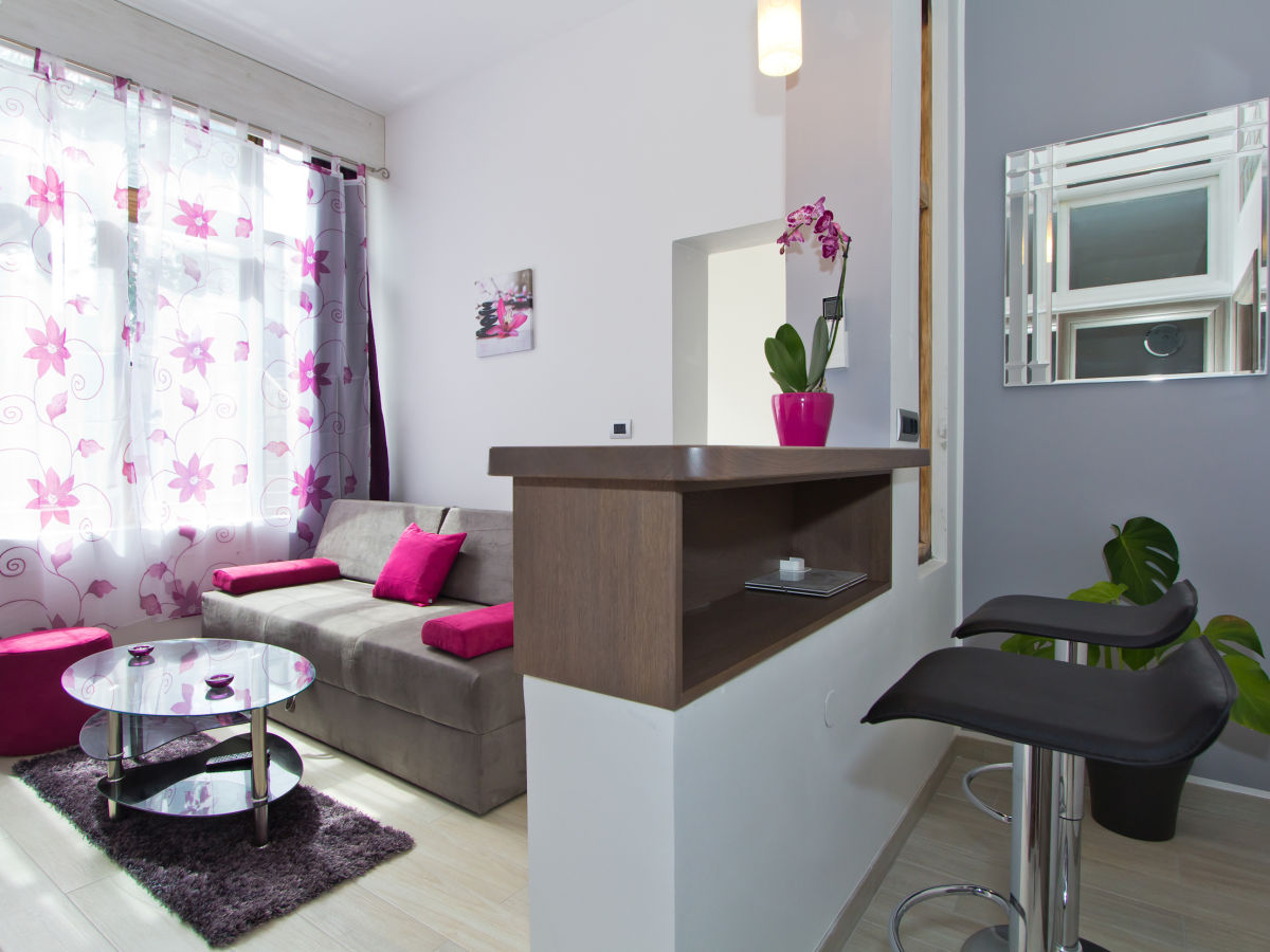 ferienwohnung orchid porec spadici istrien porec firma aida tours amer saskin. Black Bedroom Furniture Sets. Home Design Ideas