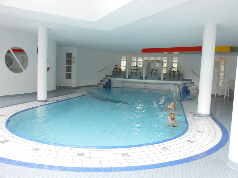 Schwimmbad im Haus Triton
