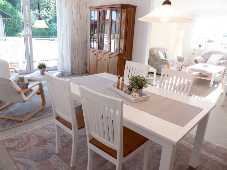 Moderne Ferienwohnung mit Charme, viel Platz und Licht