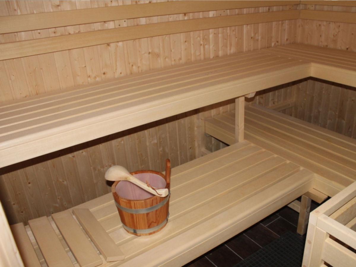 borkum ferienwohnung mit sauna im bad raum und. Black Bedroom Furniture Sets. Home Design Ideas