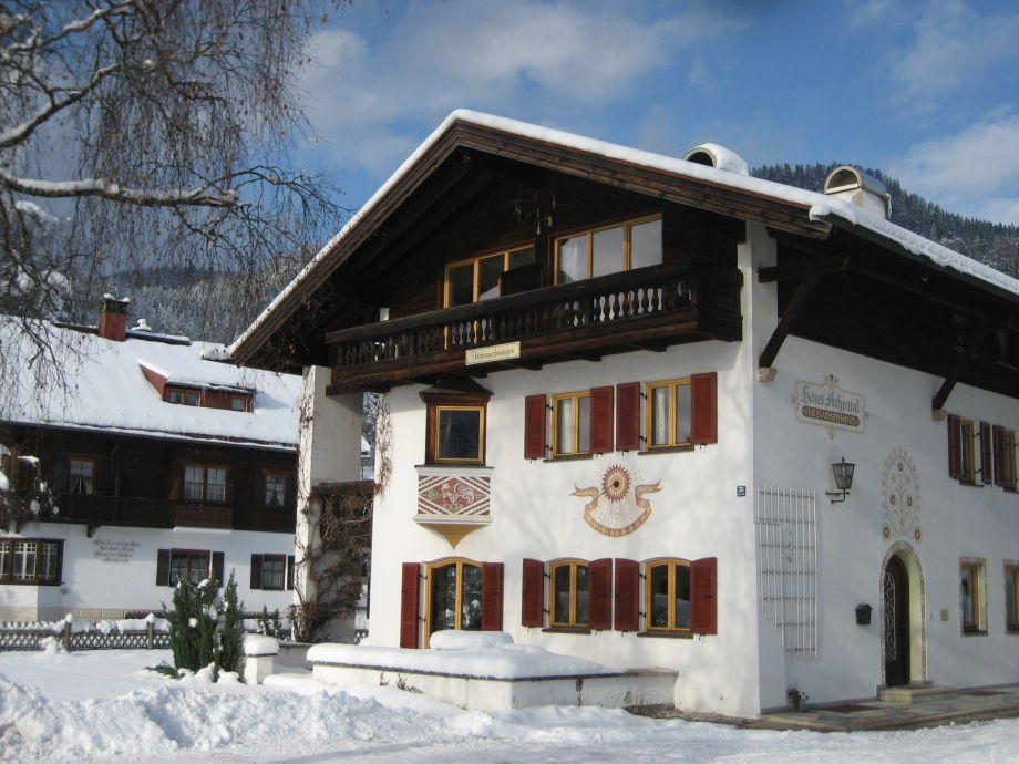 Haus Achental im Winter