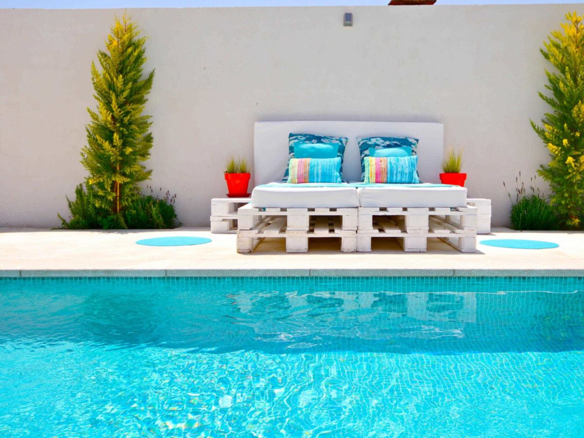 modernes ferienhaus luna 44245 mallorca sant joan firma mallorcareise sl firma. Black Bedroom Furniture Sets. Home Design Ideas