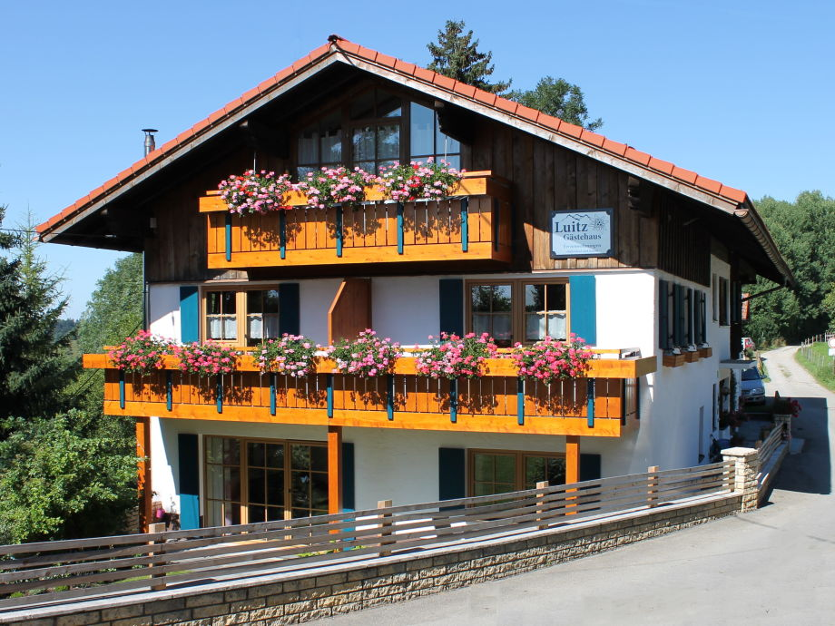 Gästehaus Luitz mit Hallenbad