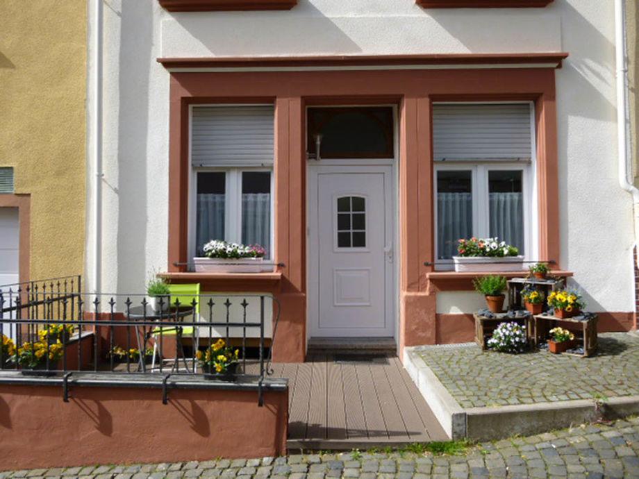 Ferienhaus mit kleiner Terasse