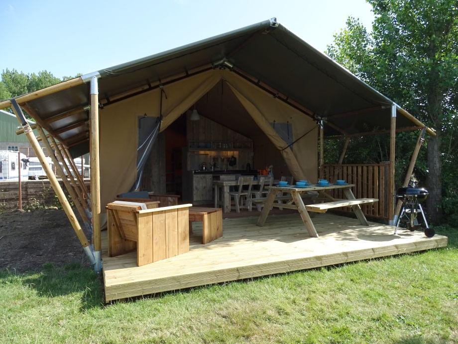 ferienwohnung safari zelt f r 6 personen zeeland firma minicamping de vlasschelf frau. Black Bedroom Furniture Sets. Home Design Ideas