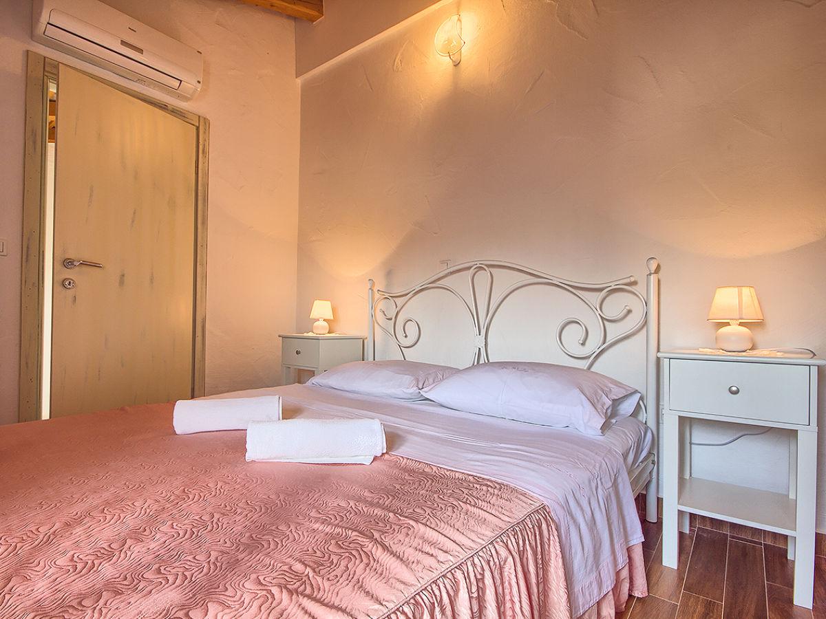 villa parentium 5km porec istrien porec firma we. Black Bedroom Furniture Sets. Home Design Ideas