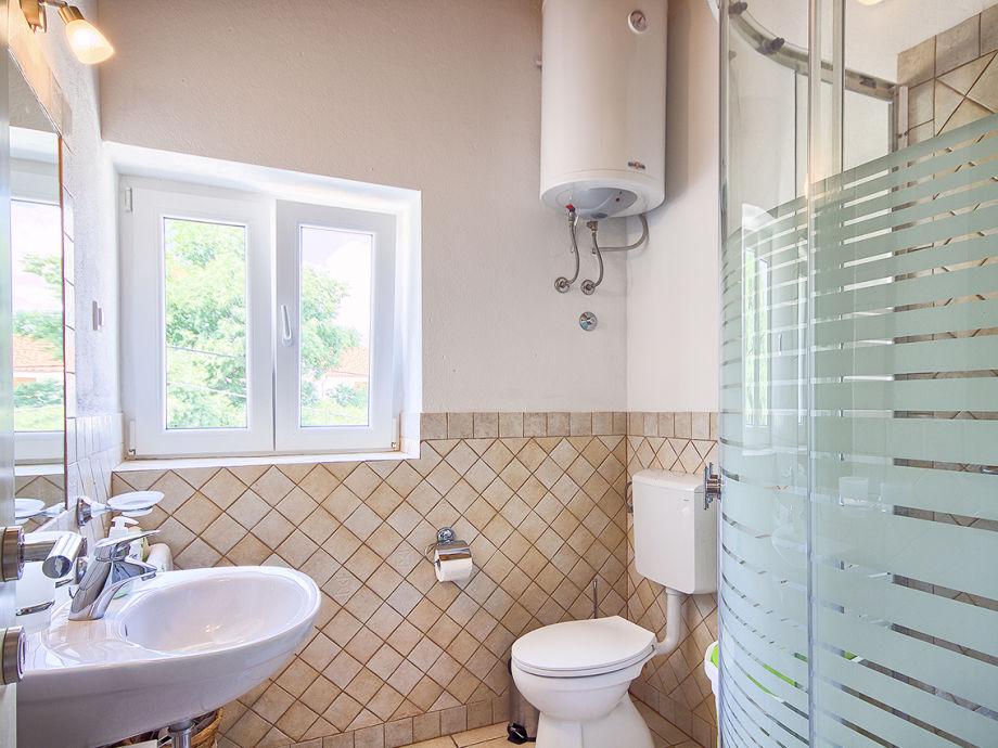 Villa parentium 5km porec istrien porec firma we - Pinkes badezimmer ...