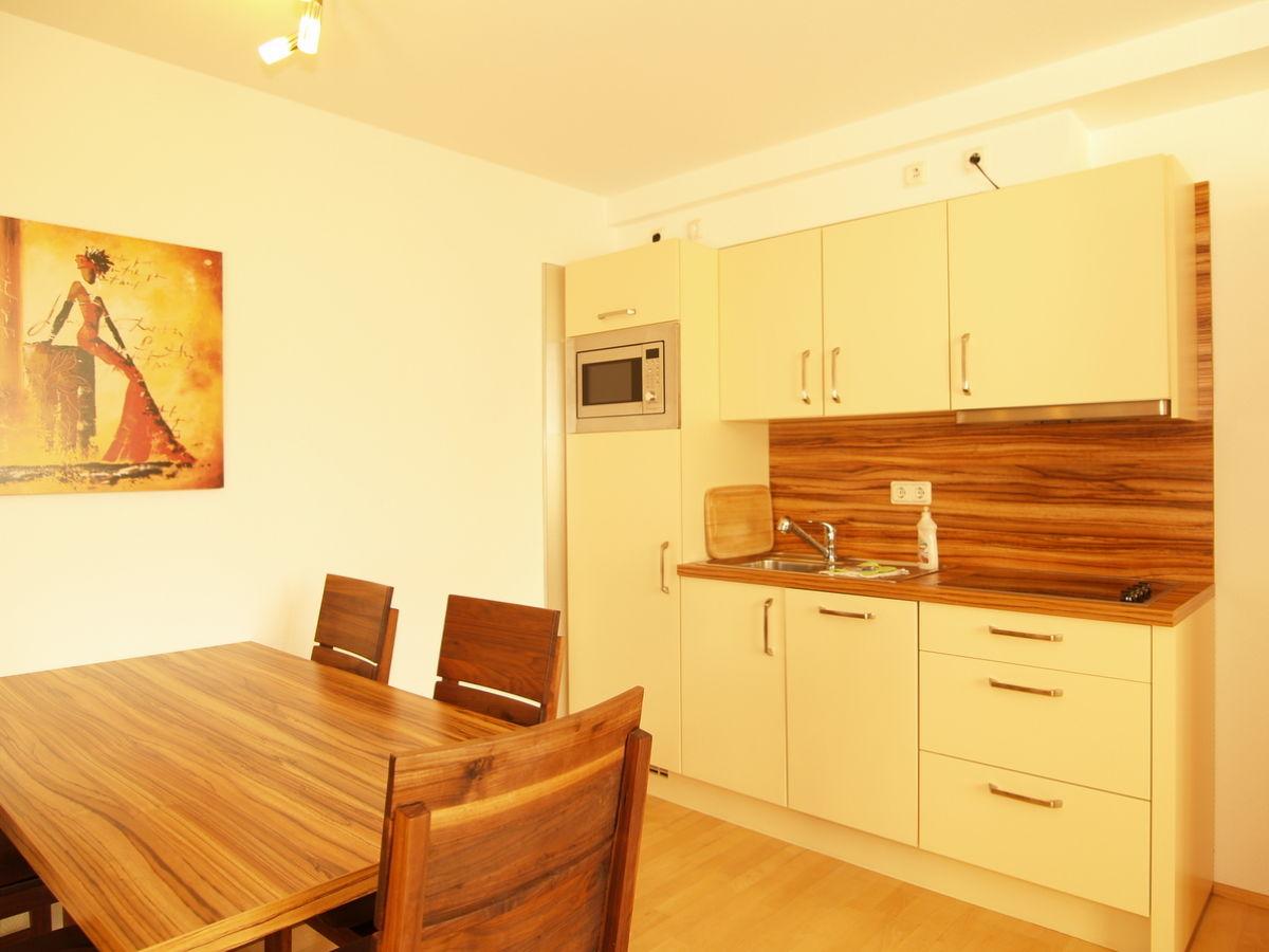 ferienwohnung strandstr 30 whg 30 19 ostsee. Black Bedroom Furniture Sets. Home Design Ideas
