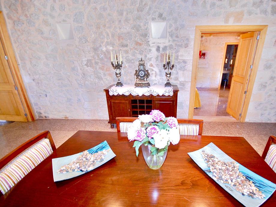 ferienwohnung ses coves auf dem luxuslandgut sansaloni. Black Bedroom Furniture Sets. Home Design Ideas