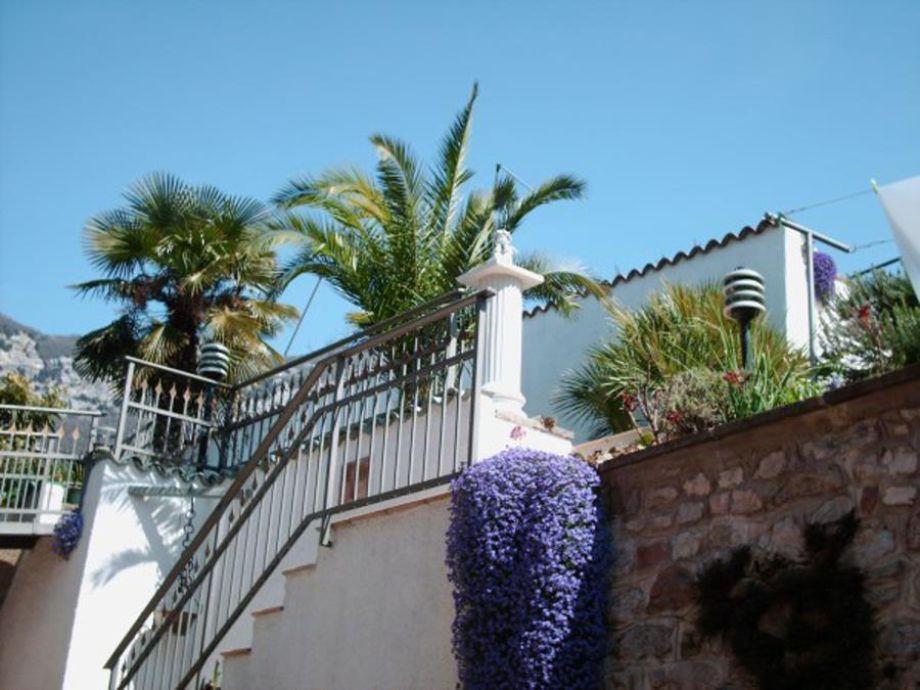 Außenaufnahme Garden - Apartment mit Terrasse und offenem Kamin
