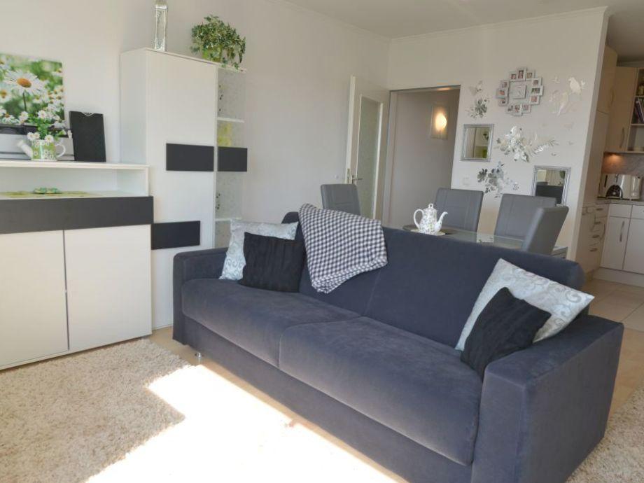 Wohnzimmer mit Schlasofa