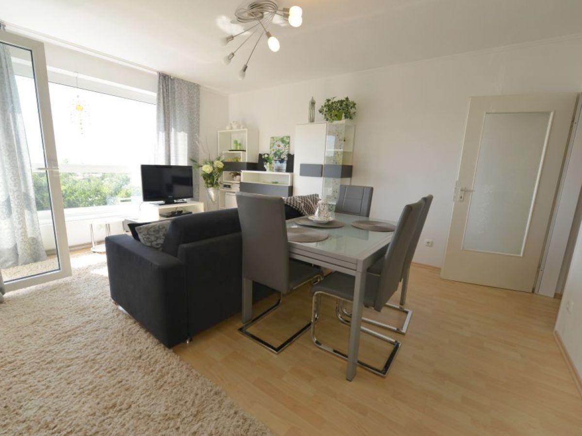 Ferienwohnung frische brise 0306 cuxhaven sahlenburg for Wohnzimmer esstisch