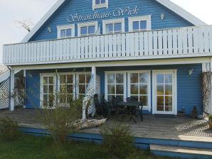 Ferienwohnung 3 im Strandhaus-Wiek mit Terrasse zum Wasser