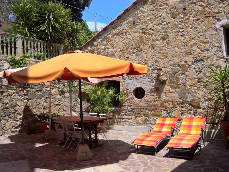 Ferienhaus Rustico im Dorf 'Casa Mela'