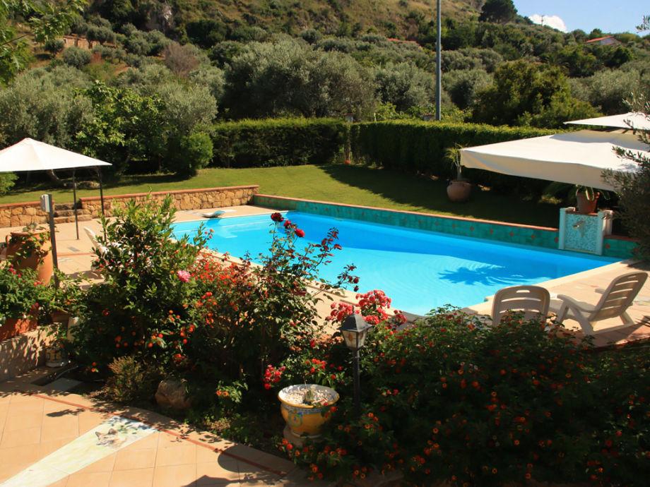 Villa Avalon, Acquedolci - Firma Ferienhaus Sizilien - Herr Oskar Golde