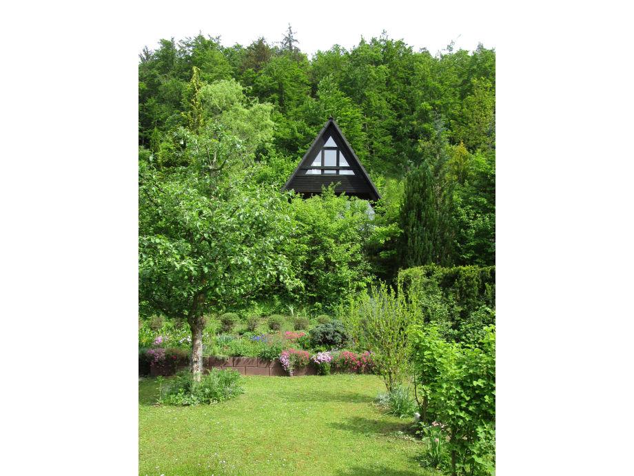 Blick aus Nachbar's Garten auf das Haus