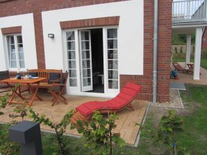 Holiday apartment Austernfischer im Friesengut