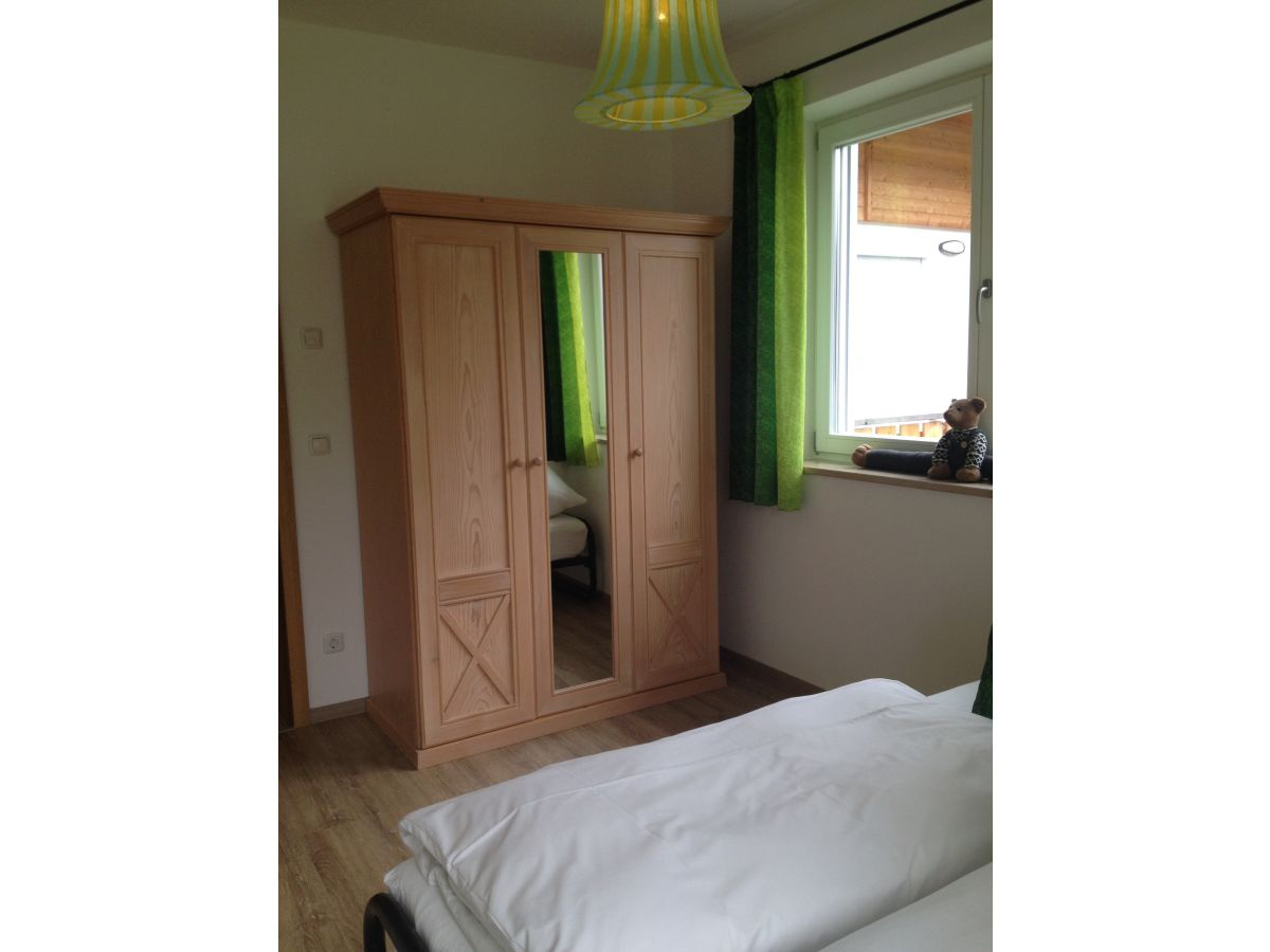 ferienwohnung waffenschmiede oberbayern firma kooperation mit hotel zur sch nen aussicht. Black Bedroom Furniture Sets. Home Design Ideas