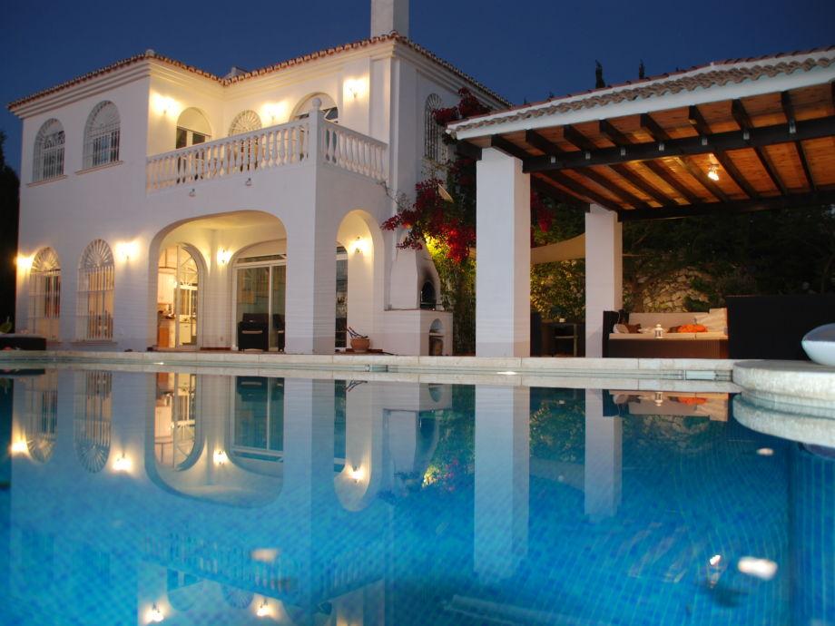 Villa Axarquia bei Nacht