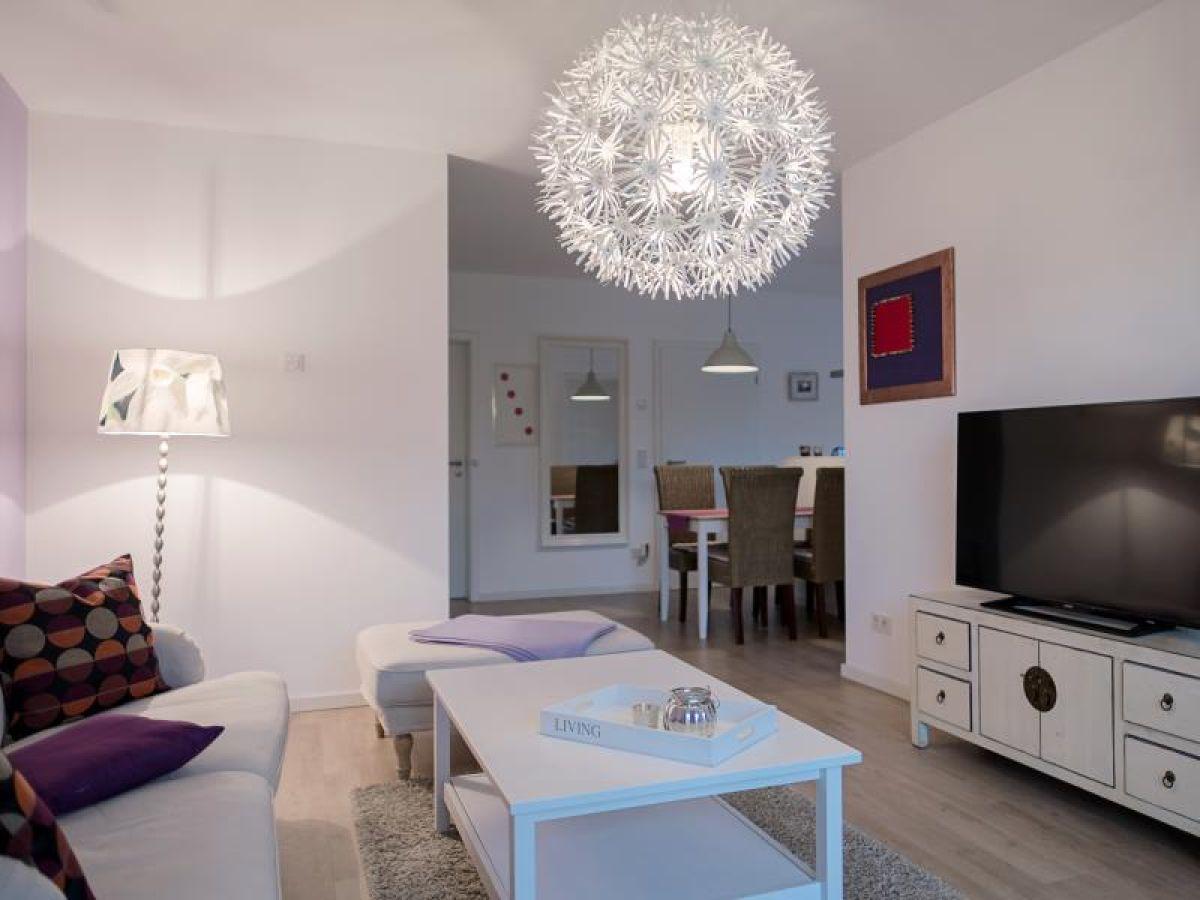 ferienwohnung art fischland dar zingst born firma leive immobilien gmbh co kg herr. Black Bedroom Furniture Sets. Home Design Ideas