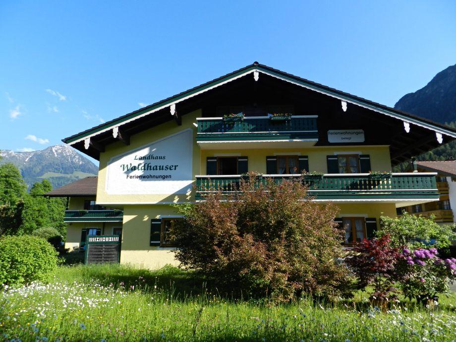 Herzlich willkommen im Landhaus Waldhauser