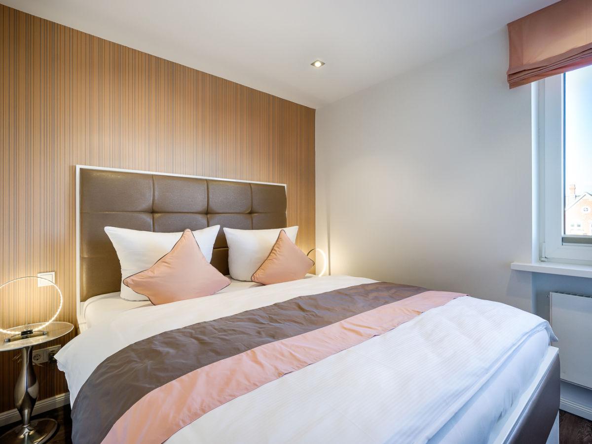 ferienwohnung stylische 2 zi fewo luxusnest mit. Black Bedroom Furniture Sets. Home Design Ideas