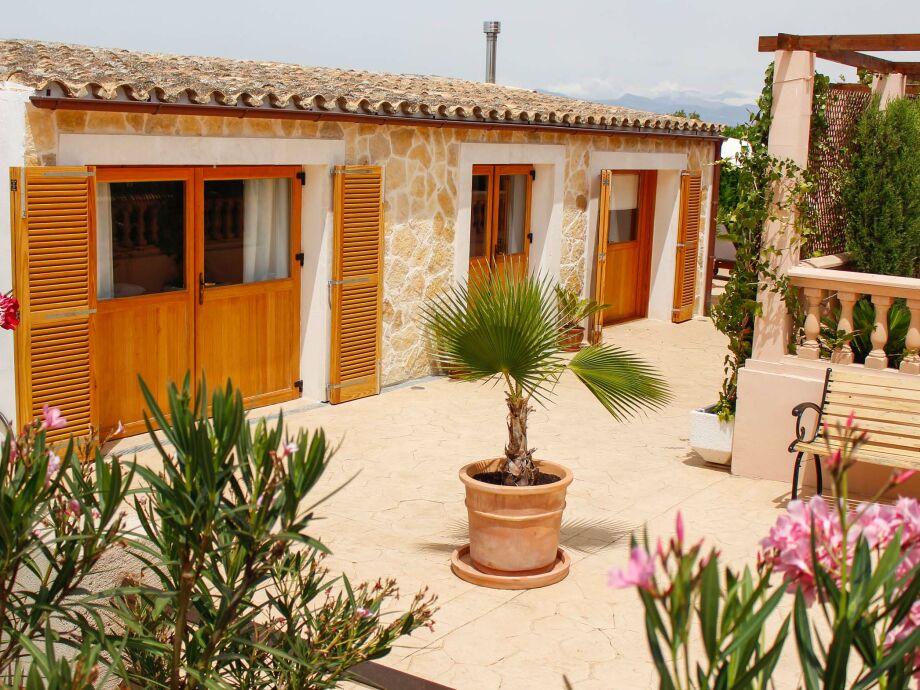 Das moderne neue und gemütliche Gästehaus unserer Finca