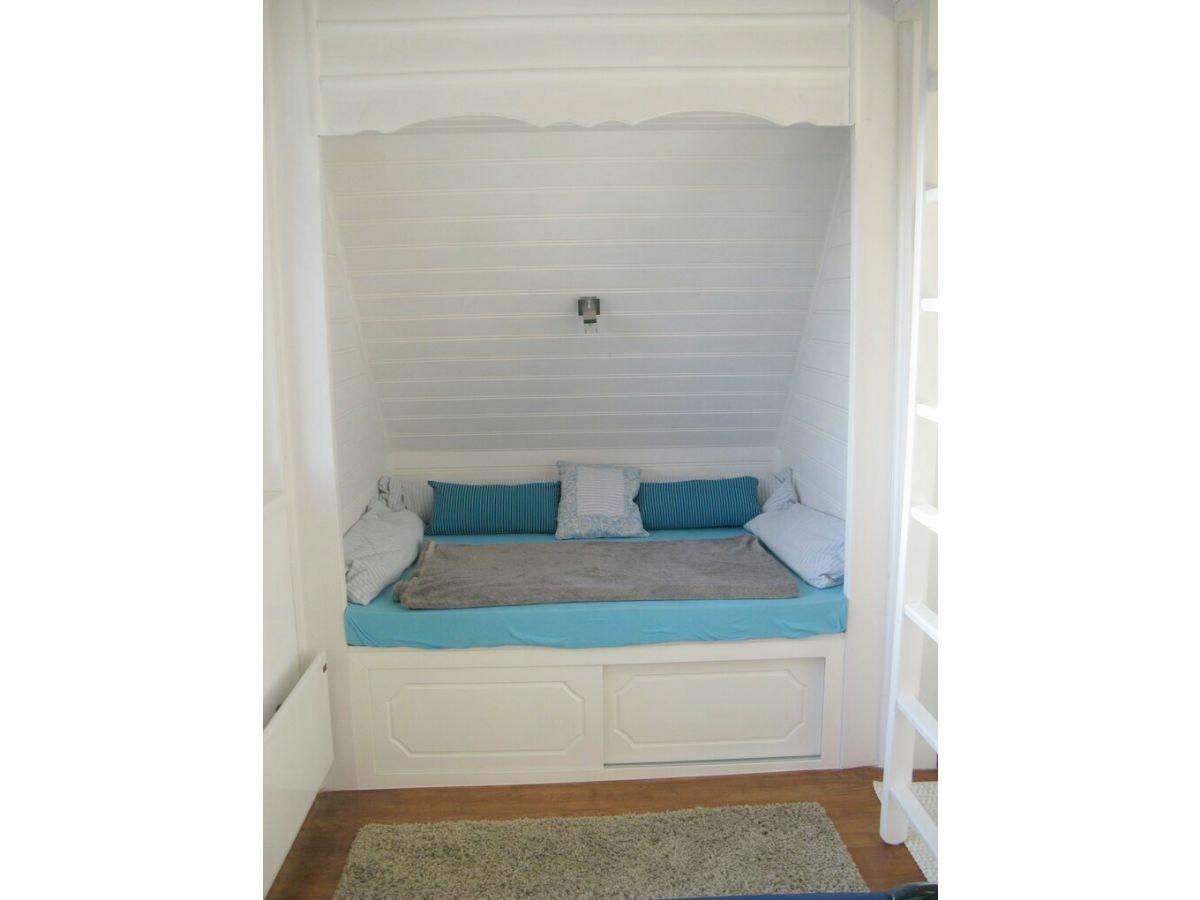 ferienwohnung zsolt balaton frau hosszu zsolt. Black Bedroom Furniture Sets. Home Design Ideas