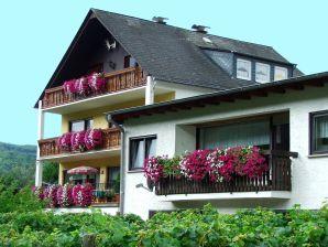 Holiday apartment Sonnenlay - House Moselblick Gerd-Eugen Schmidt
