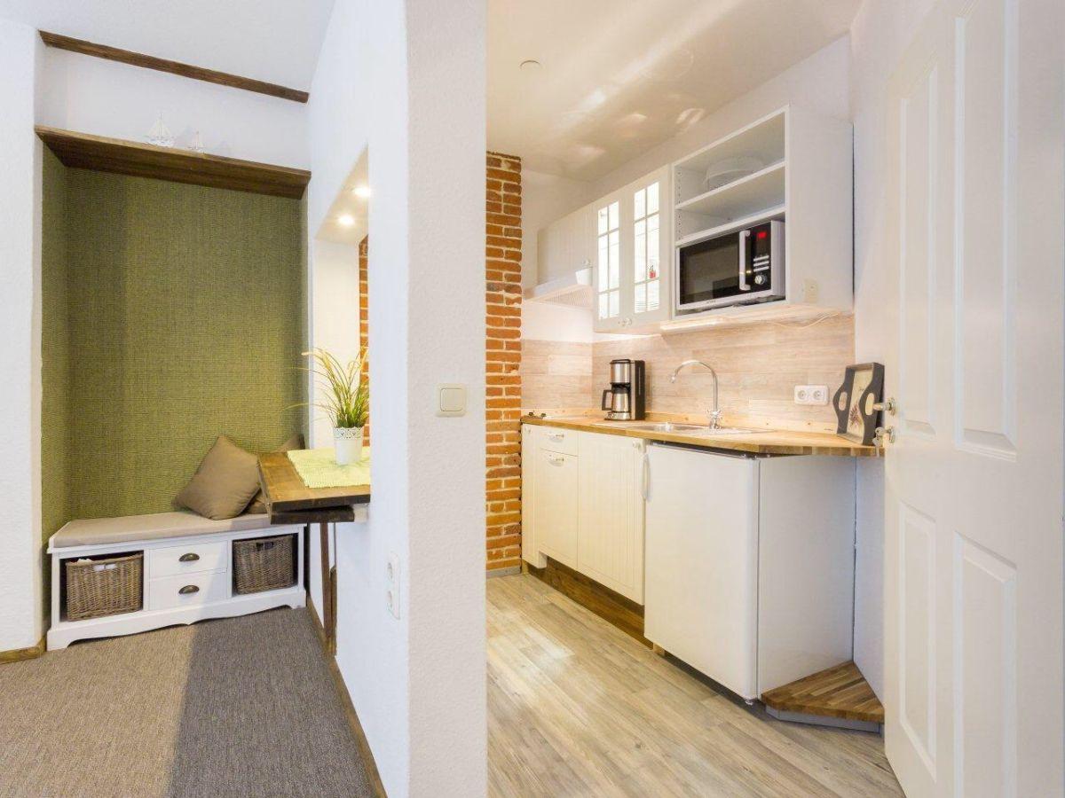 apartment teichblick ostsee fehmarn firma. Black Bedroom Furniture Sets. Home Design Ideas