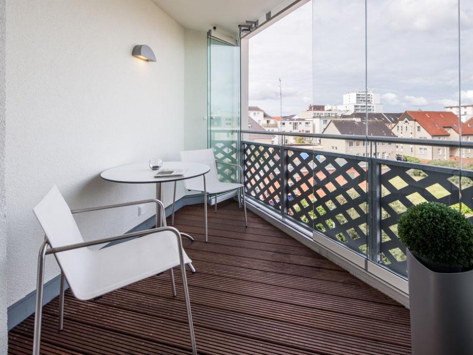 Balkon mit Windschutz