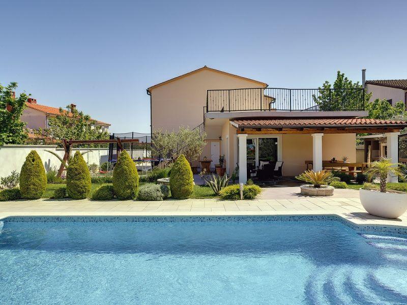 Villa 992