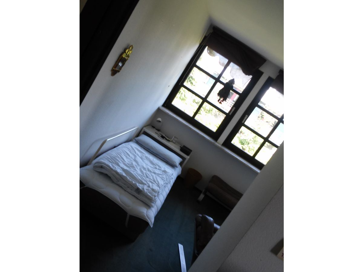 ferienhaus heimannsfeld nordrhein westfalen nordeifel frau karin heimannsfeld. Black Bedroom Furniture Sets. Home Design Ideas