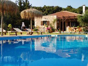 Villa Petra Eleni