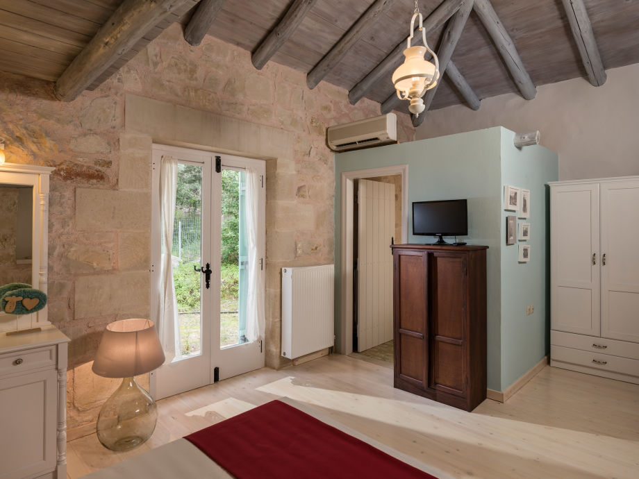 villa petra eleni kreta maza firma kretaferienhaueser frau helga kirmaier. Black Bedroom Furniture Sets. Home Design Ideas