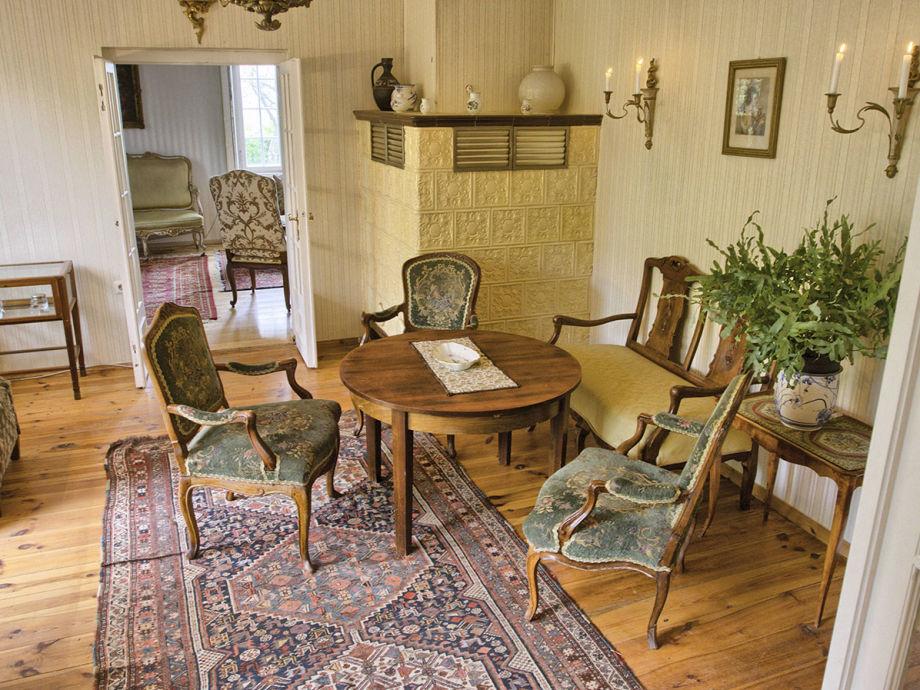 Ferienhaus dr m ller dresden firma gute nacht in dresden daniela barsch frau agnes barton - Wohnzimmer dresden ...