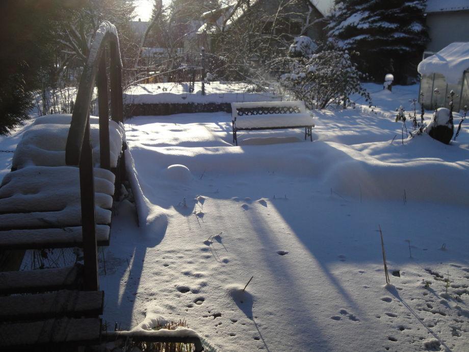 Ferienwohnung am brunnen westerwald familie birgit for Gartenteich im winter