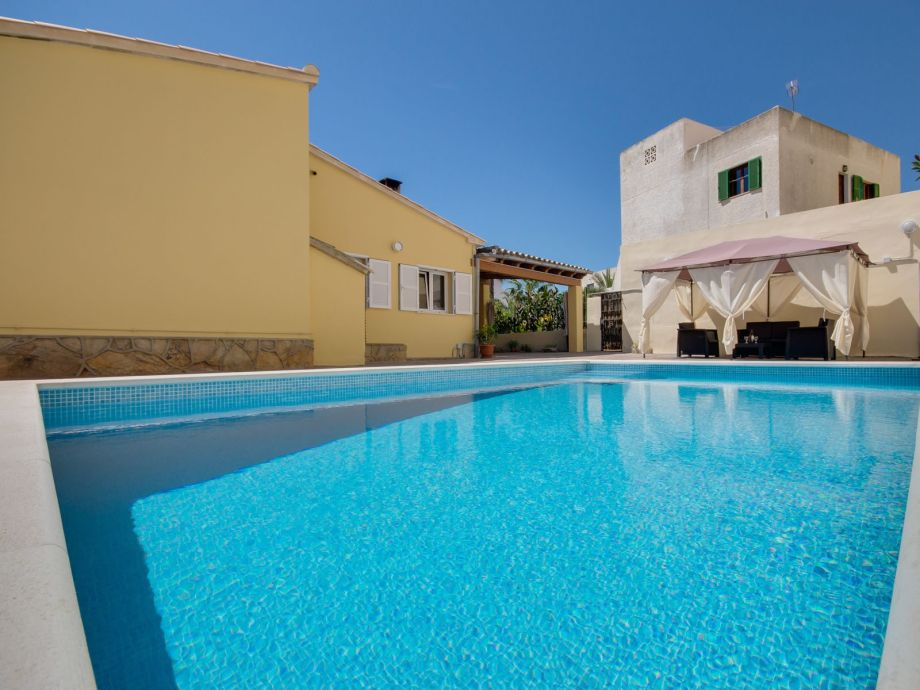Villa Bonamar mit Pool