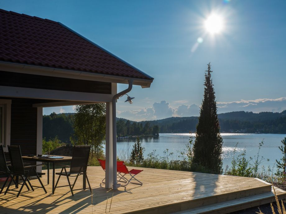 Traumhafter Seeblick von der Terrasse