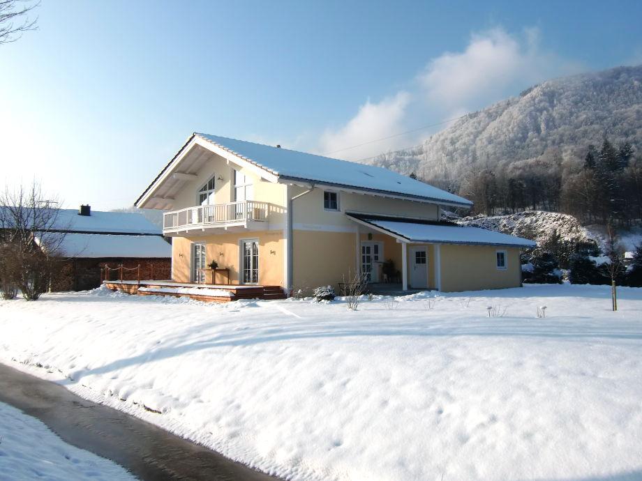 Haus Schmid, im Winter
