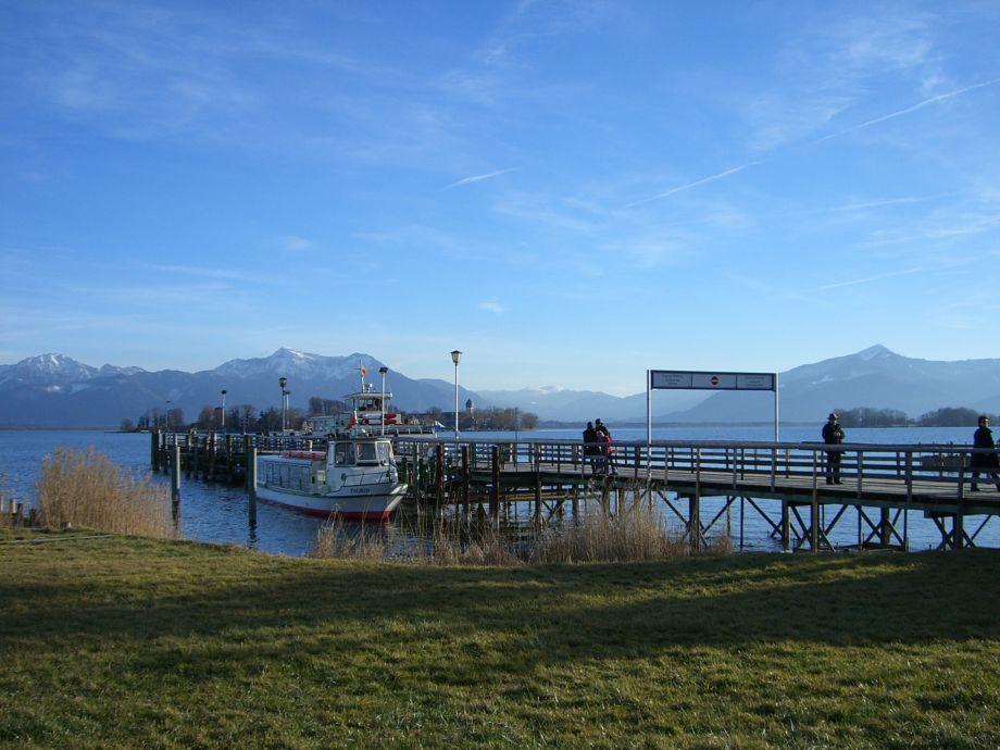 Mitten im Chiemgau am Ortsrand von Grassau Idyllische natürliche Lage mit Blick auf die Chiemgauer Alpen ist die Gaststätte der Landpension Fetznhof für Groß und Klein ein Erlebnis