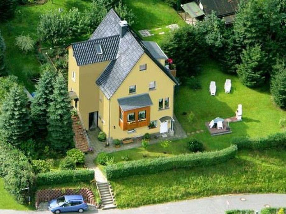 Das Haus mit riesiger Terrasse