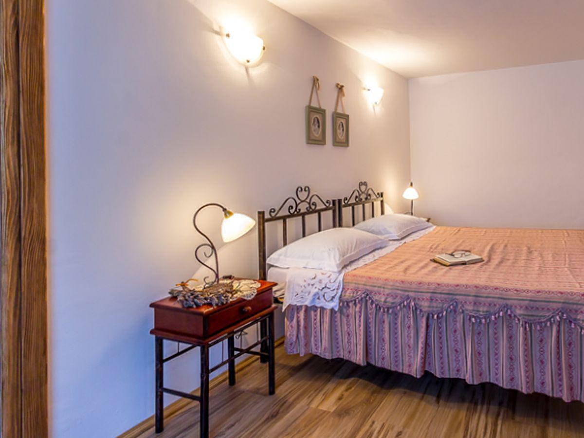 villa 516 istrien firma reiseb ro blaue adria herr. Black Bedroom Furniture Sets. Home Design Ideas