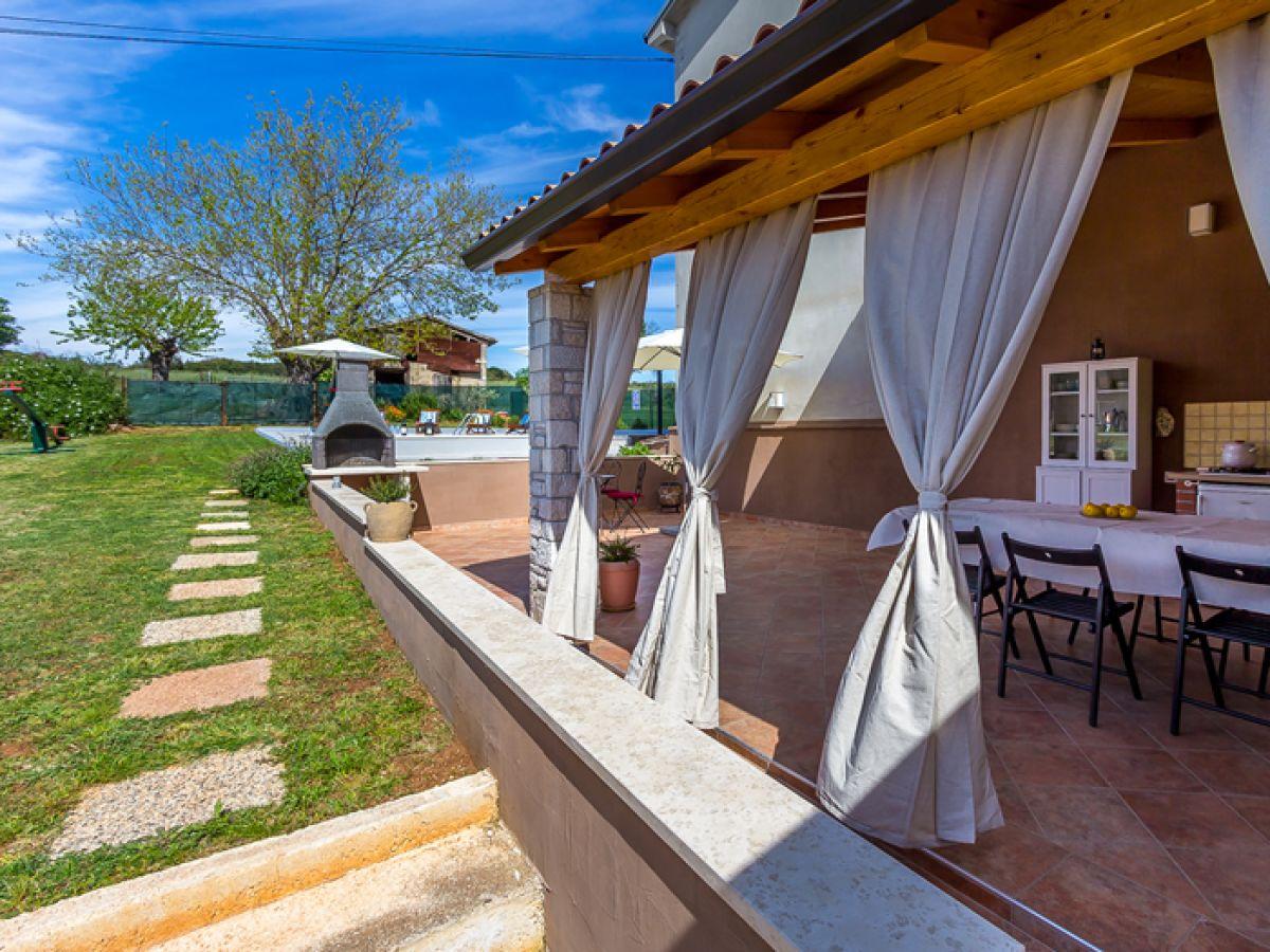 villa 692, pula, firma reisebüro blaue adria - herr david kiwitt