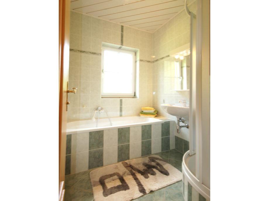 badewanne und dusche in einem kosten ferienhaus mittertriegel - Badewanne Und Dusche In Einem Kosten
