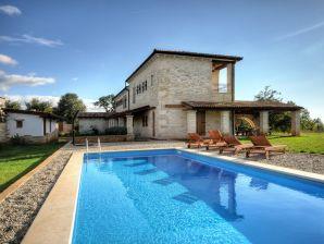 Villa 896