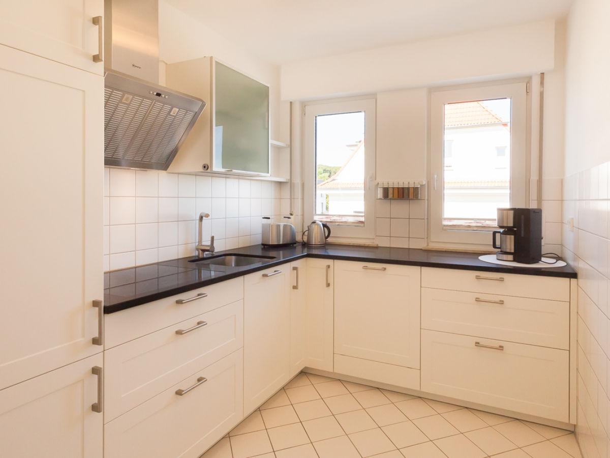 ferienwohnung exklusive penthouse saphir insel r gen hafenstadt sassnitz firma r genplus. Black Bedroom Furniture Sets. Home Design Ideas