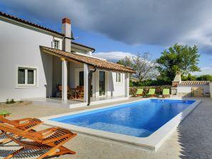 Villa 429
